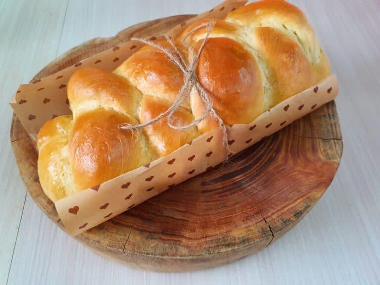 美到嫩到我捨不得吃的布里歐修麵包 熱騰騰送出去!