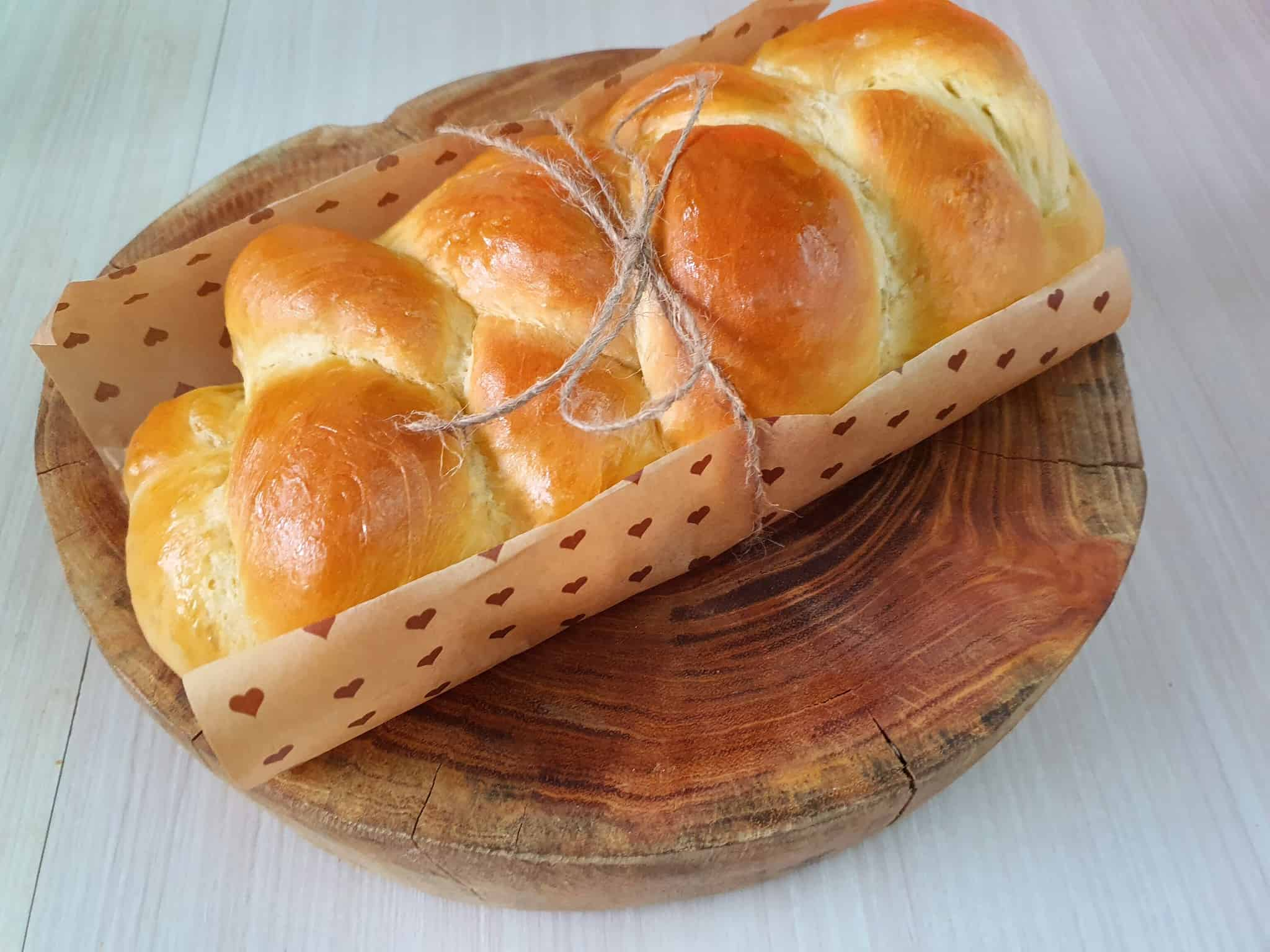 美到嫩到我捨不得吃的布里歐修麵包